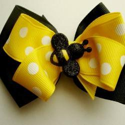 Bee-autiful Bow